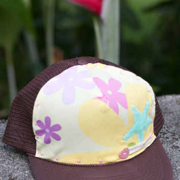 Sunkissed Cottage Starfish Trucker Hat, Brown and Green