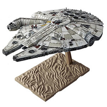 Star Wars Millennium Falcon 1/144 Model Kit