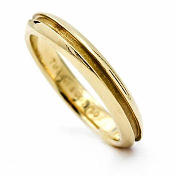Tiffany & Co. Groove Wedding Band in 18k Yellow Gold Ring Size 6.5