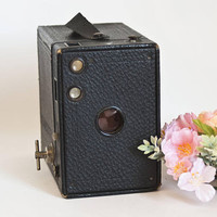1920s Vintage Kodak Brownie 2A Model B Camera, Black Box Camera, Photography or Prop