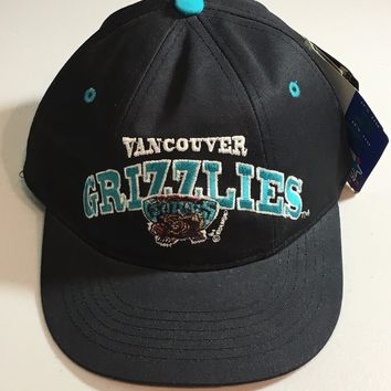 VANCOUVER GRIZZLIES NBA KIDS  BLACK STRETCH HAT SIZE 4-7 SHIPPING
