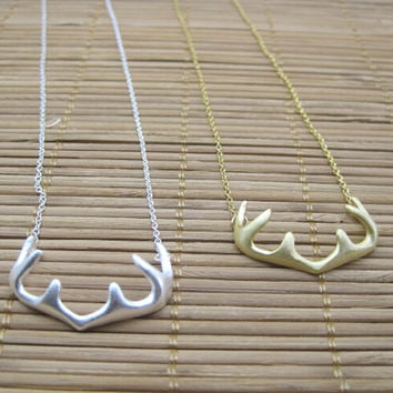 925 Gold And Silver Antlered National Handcraft Necklace