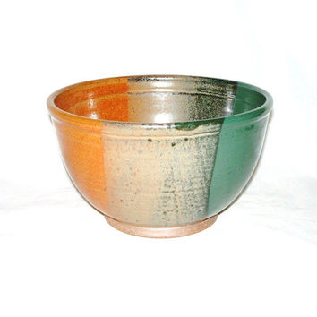 "Stoneware Serving Bowl, 9"" Wide x 5.25"" Tall, Mixing Bowl, Salad Bowl, Fruit Bowl, Handmade, Wheel Thrown, Utility Bowl, Home Decor"