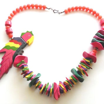 Vintage Tropical Parrot Necklace Painted Bead Wood Plastic Mixed Material Statement Bird Summer Spring Vacation Beach Island Hot Pink