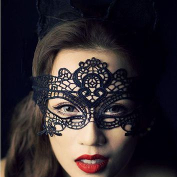 Cool Exotic sexy lingerie hollow mask Fun play accessories sexy costume Halloween Party masks Sexy black lace goggles nightclub queenAT_93_12