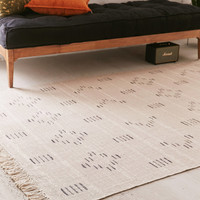 Cayler Geo Print 5x7 Cream Rug | Urban Outfitters