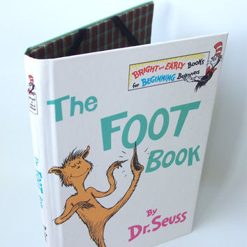Dr Seuss Foot Book Ereader Cover for Kindle Nook by retrograndma