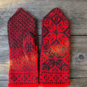 Wool Mittens- Red and Black Scandinavian Gloves - Mittens With a Stars Ornament-Wool Mittens-Red Christmas mittens nO 23.