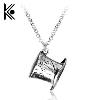 free shipping Alice in Wonderland necklace Alice in Wonderland hats necklace for Children gift