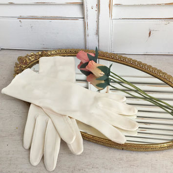 Mid Length Wedding Gloves Mid Century Cream Color Stretch, Bridal Gloves Vintage Wedding Gloves Evening Gloves, Prom Gloves, Costumers