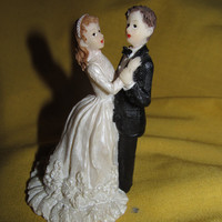 Vintage Dancing Bride and Groom Wedding Topper! Red Head/Brunette/Wedding Accessories/Cake Accessories/50's Apparel
