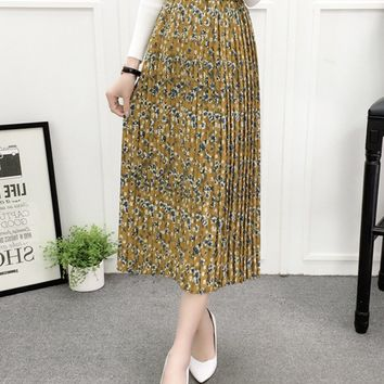 Streetstyle  Casual Elastic Waist Floral Printed Pleated Maxi Skirt