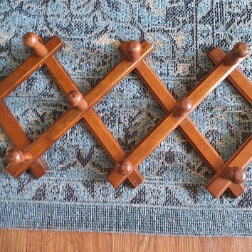 Vintage 10 Peg Accordion Rack ~ Boho Jewelry rack ~ Drying rack ~ Wooden Coat hat rack