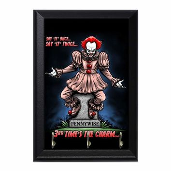 Pennywise The Dancing Clown Decorative Wall Plaque Key Holder Hanger
