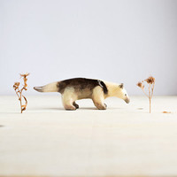 Animal Totem Ant-eater, ant-bear tiny totem figurine, brown home decor, tiny zoo, wild animals, woodland, gift for ant-eater lovers
