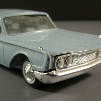 Hubley 1960 Ford Station Wagon Dealer Promotional Model Car