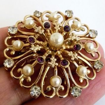 Vtg Stamped Floral Fx Pearl Purple RS Gold Tone Pin 1940s Lacey Renaissance Rev