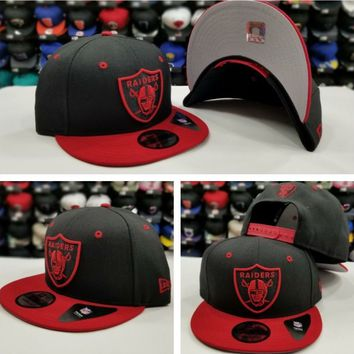Exclusive New Era NFL Shield Oakland Raiders 9Fifty Snapback hat Cap BLACK / RED