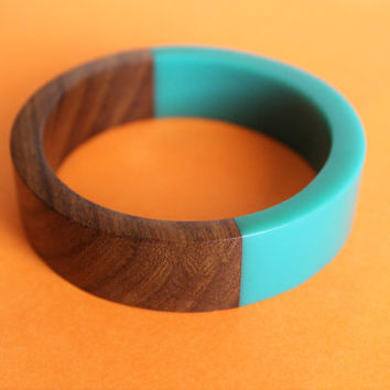 Unique Rare 1960s Wood & Teal Lucite Bangle