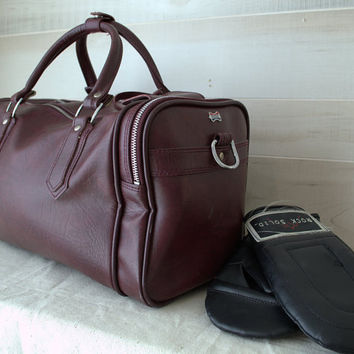 American Tourister Vintage Gym Bag, 1980s Boarding Bag, Large Duffle Bag, Burgundy Weekend Bag