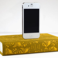 Pride and Prejudice Book Charger for iPhone by CANTERWICK