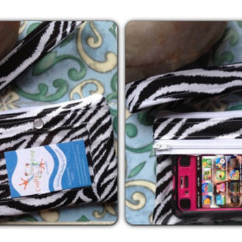 ID Zipper Pouch - ID holder - Wristlet -  Pouch - ID - Badge - iPhone case - iPhone wallet