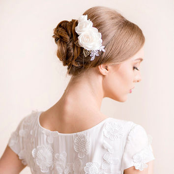 Bridal Hair Comb Roses - Wedding Hairpiece Rose Comb - Bridal Hairpiece - Rose Hairpiece - Bridal Hair Accessories - Ivory, White