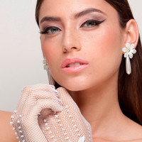 Bridal Gloves, Wedding Gloves adorned with pearls and lace flower