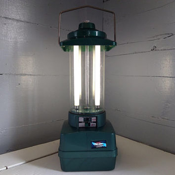 Vintage, Outdoor Light, Camping Lantern, Backyard Light, 70s, Ray O Vac, Fluorescent, Sportsman, Hunter Green, RhymeswithDaughter