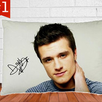 "John Hutcherson - Peeta in Black/White Pillow Case Cover Bedding Gift Idea 30"" x 20"""