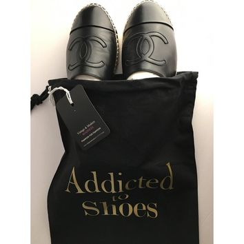 addicted to shoes string dust bag travel bag gold  number 1
