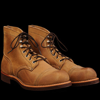 UNIONMADE - Red Wing - Iron Ranger in Hawthorne Muleskinner Leather