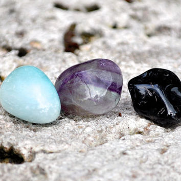 CAPRICORN Set of 3 Crystals | Onyx, Flourite, Blue Aragonite | Tumbled Gemstone | Astrology Zodiac Meditation Yoga December January Birthday
