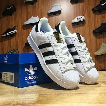 LMFON Adidas Superstar Shell-toe Flats Sneakers White Black Line Gold Logo Causel Sport Shoes