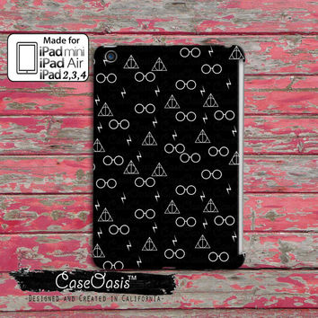 Glasses Lightening and Wand Pattern Black and White Cute Custom iPad Mini, iPad 2/3/4 and iPad Air Case Cover