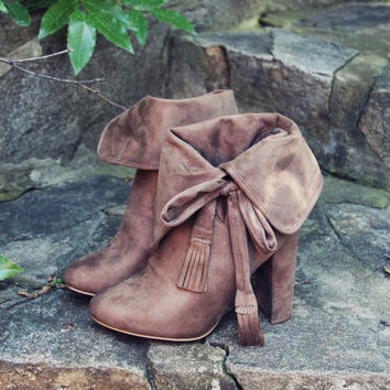 Sweet Cuff Booties