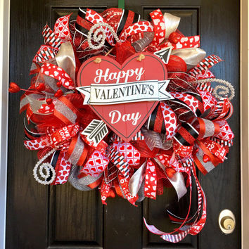 Valentines Day wreath,Valentine's Day Deco Mesh Wreath,Valentine's Day mesh wreath,heart wreath, heart mesh wreath, Valentine's decoration