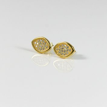 Cat Eye Stud Earring