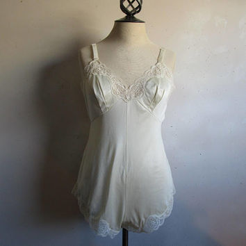 Vintage 1980s Lace Teddy French Maid Ivory Cream Lace Lingerie 80s Floral Lacey Undergarment 36 Small