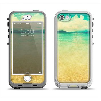 The Vintage Vibrant Beach Scene Apple iPhone 5-5s LifeProof Nuud Case Skin Set