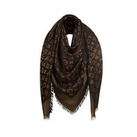 DCCKNY1 Authentic Louis Vuitton Brown Gold Shine Scarf In Excellent Conditions