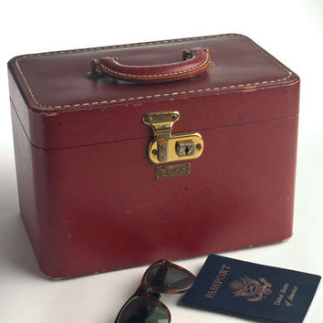 Vintage train case Luce, dark red with mirror