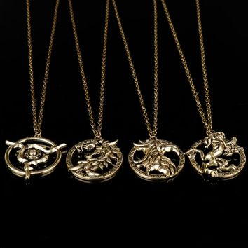 MQCHUN The Elder Scrolls V Skyrim Pendant Necklace Vintage Game of Thrones  Lannisters Lion Dragon Charm Necklace For Mens Gifts