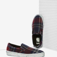 VansClassic Slip-On Sneaker - Overwashed Plaid