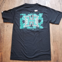 "Hawaiian Style ""University of Hawaii Shakkatack"" Mens Black T-Shirt"