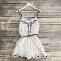 Robin Embroidered Belt Strap Romper (White)
