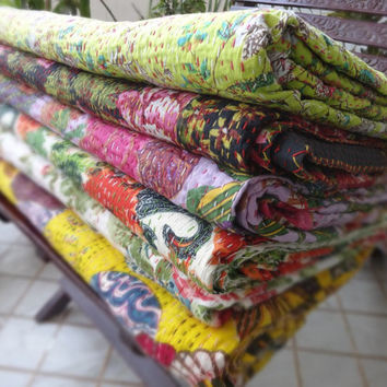 Set of 5 Handmade Floral Kantha Quilt, Wholesale Twin Size Kantha Bedspread, Reversible Kantha Bedding, Hand Kantha Work, Room Decor, India