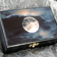 Tarot Box Altar box Moon box Keepsake box jewellery by moondreamin