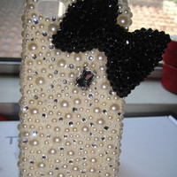 Bling pearl  bow iPhone 4S iphone 5 made with Swarovski Diamond Crystal