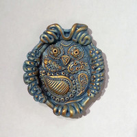 Blue and Gold Coloured Paisley Owl Ring Dish, Unusual Relief Sculpted Jewellery Holder, Hand Sculpted, Eastern Ethnic Influenced Design